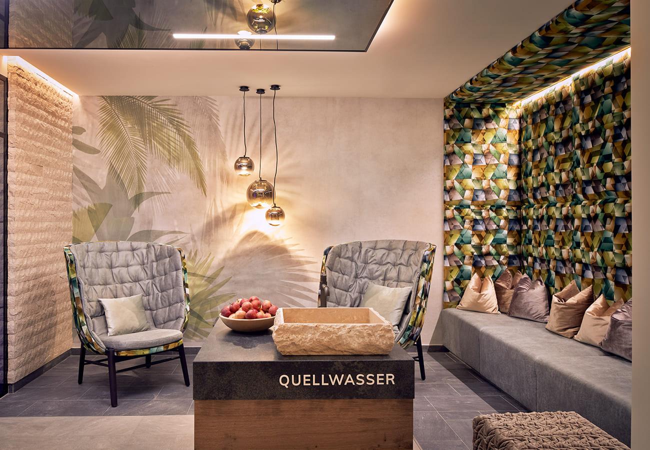Tischlerei-Kroell-Hotel-Neue-Post-11